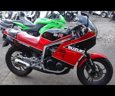 GSX-R400-1