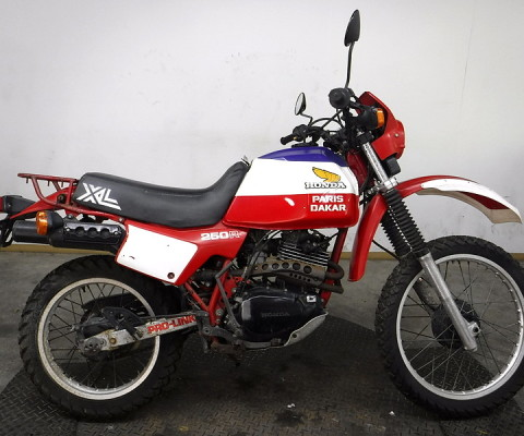 XL250 PARIS DAKAR