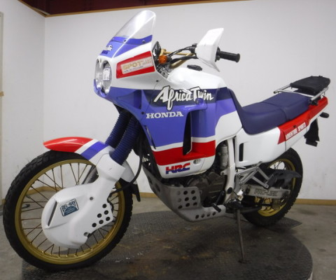 AFRICA TWIN650