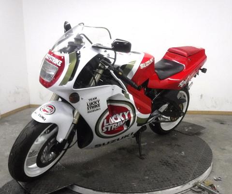 RGV250ガンマR型