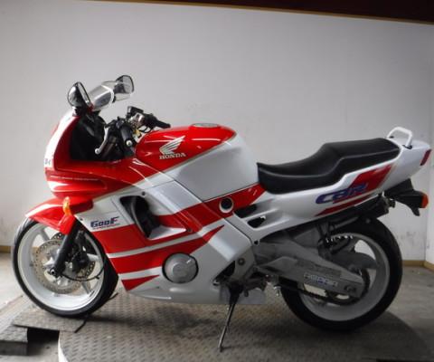 CBR600F-1