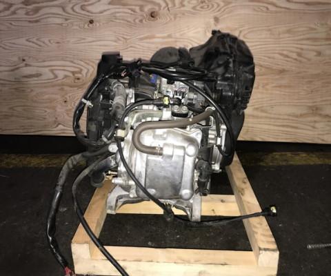 LEAD125 エンジン