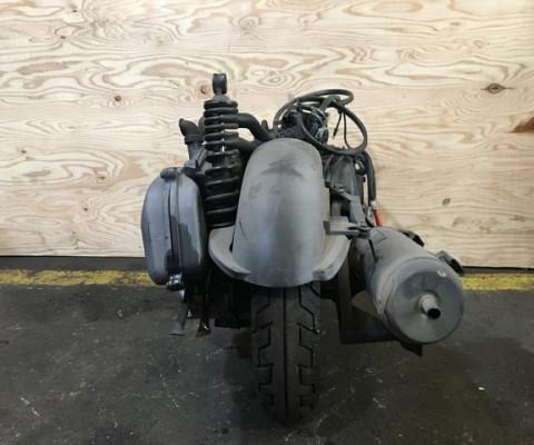AXIS125 エンジン