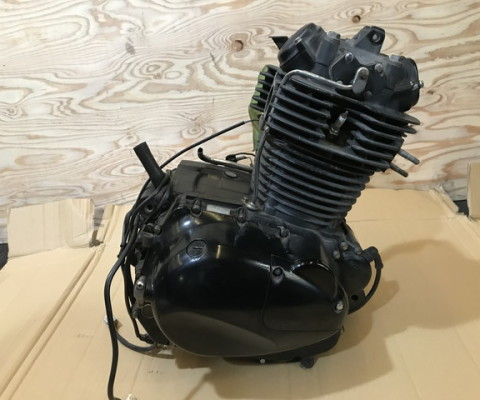 250TR エンジン