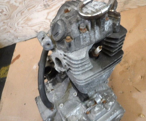 FTR223 エンジン