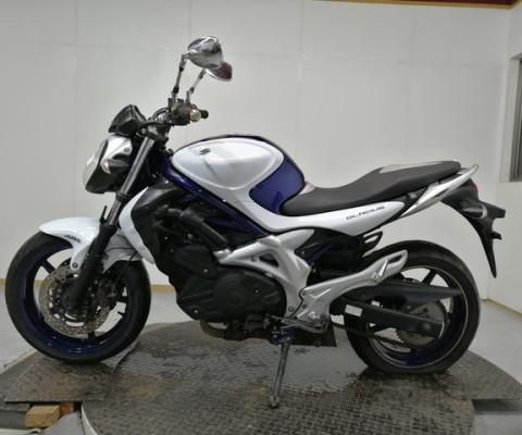 GLADIUS400 ABS