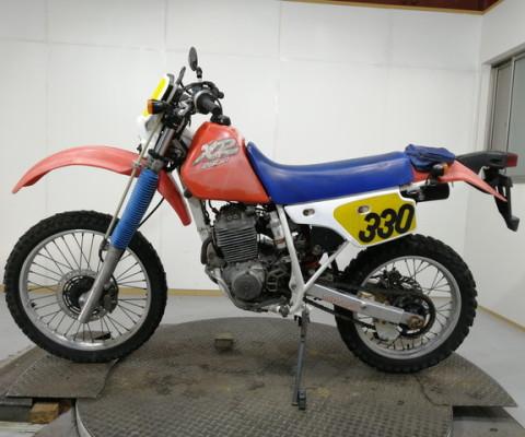 XLR250R-3