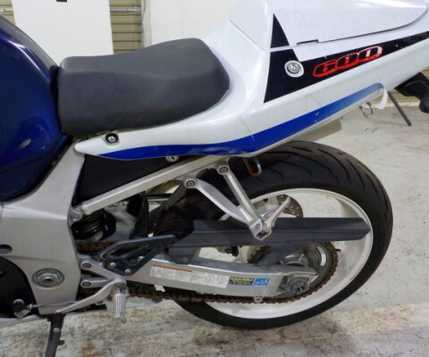 GSX-600R