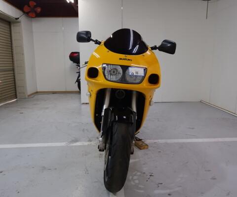 GSX-R750