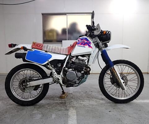 XLR 250R-4